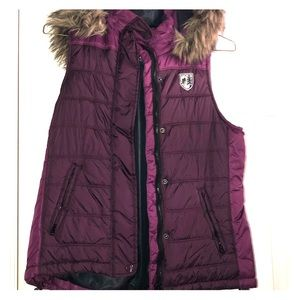 American Eagle Outfitters Jackets & Coats - American Eagle Puffer Vest